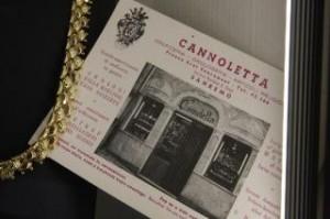 Il primo biglietto da visita del negozio di Piazza Eroi Sanremesi