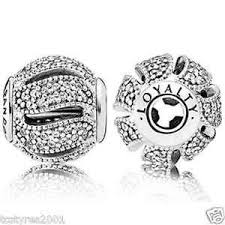 Pandora Charm Lealtà di ESSENCE COLLECTION 796074CZ