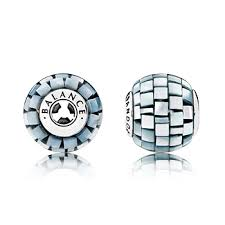 Pandora Charm Equilibrio di ESSENCE COLLECTION 796080MMB